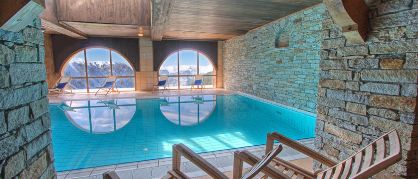 France_La-Plagne_Hotel-Des-Balcons-Belle-Plagne_Indoor-pool.jpg